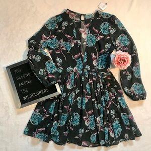 SIZE 2 KIMCHI BLUE FLORAL DRESS